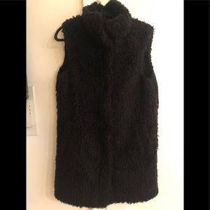 Theory Teddy Bear faux vest in Black